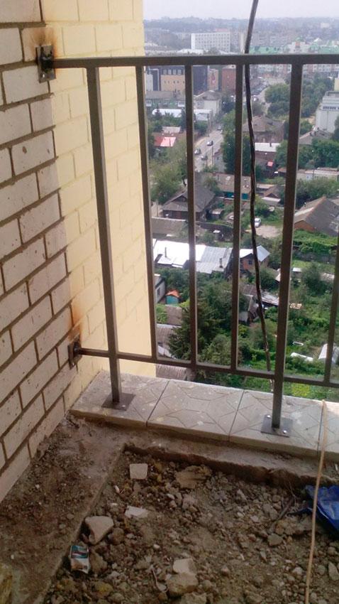 Забор сварной на балкон - процесс работы - фото №2