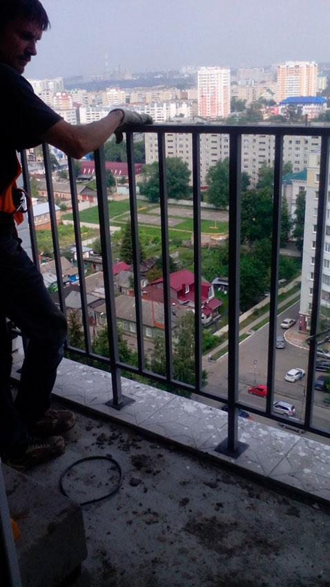 Забор сварной на балкон - процесс работы - фото №4